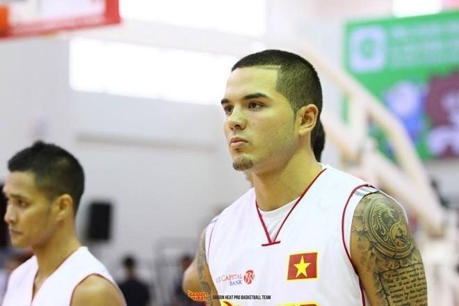 Gặp gỡ anh chàng bóng rổ siêu điển trai của Sài Gòn Heat