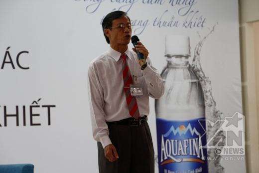 Thầy Văn Dự - Phó Hiệu trưởng nhà trường