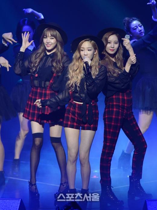 TaeTiSeo quẫy hết cỡ trong buổi showcase ra mắt album mới