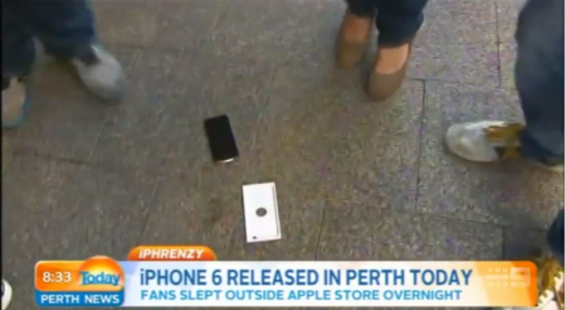 """Quá """"nhọ"""" cho khách hàng đâu tiên mua iphone 6 nhưng… làm rớt"""