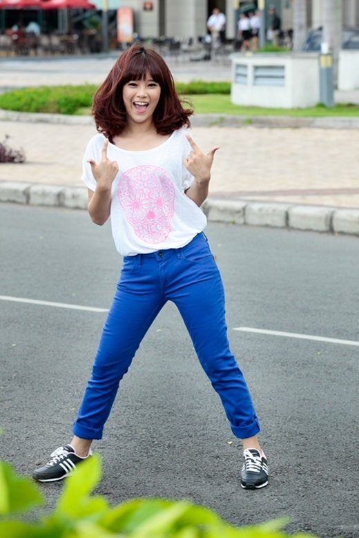 Chibi Hoàng Yến – gương mặt đại diện mới của adidas NEO