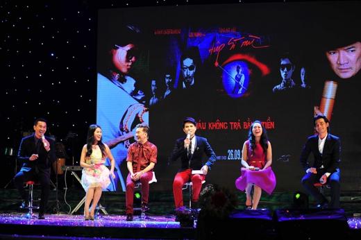 """Đoàn phim """"Hiệp sĩ mù"""" giao lưu cùng khán giả - Tin sao Viet - Tin tuc sao Viet - Scandal sao Viet - Tin tuc cua Sao - Tin cua Sao"""