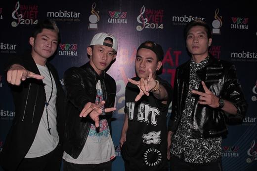 Các thành viên của FB Boiz trong chương trình Bài hát Việt