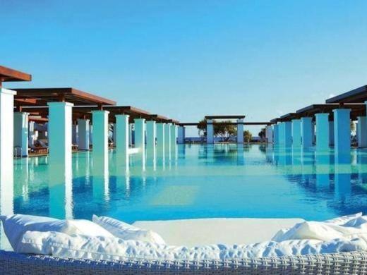 16 hồ bơi tuyệt nhất quả đất bạn phải đến một lần trong đời