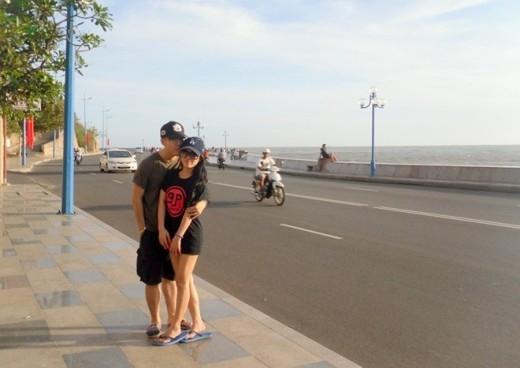 Cặp đôi thường xuyên đi du lịch trong những lần Tuấn ghé thăm người yêu.