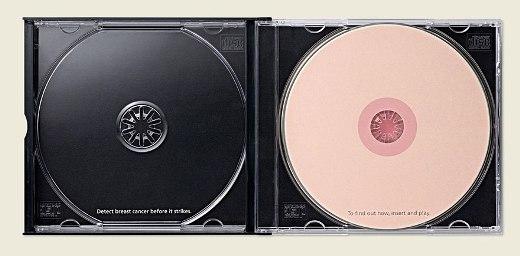 Bên trong đĩa CD tuyên truyền
