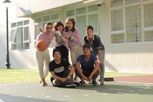 MV của single này cũng đã được hoàn thiện bởi ekip của Red Team, và sẽ ra mắt khán giả trong thời gian sớm nhất.