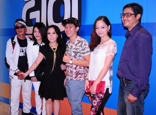 Hoài Linh diện đồ hiphop dự sự kiện cùng bà xã - Tin sao Viet - Tin tuc sao Viet - Scandal sao Viet - Tin tuc cua Sao - Tin cua Sao