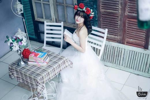 Nữ sinh Báo chí xinh đẹp trở thành tâm điểm của cộng đồng mạng qua một đêm
