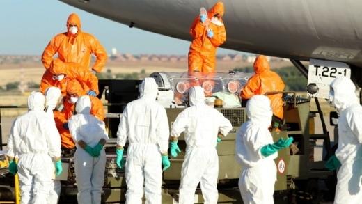 Ebola lây lan nhanh ở Tây Ban Nha khiến Châu Âu hoang mang
