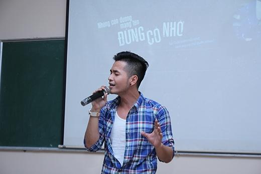 Sự sâu lắng trong tiếng hát lời ca của Phạm Hồng Phước