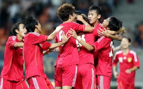 U19 Trung Quốc ăn mừng bàn thắng ấn định tỷ số. Ảnh: Getty