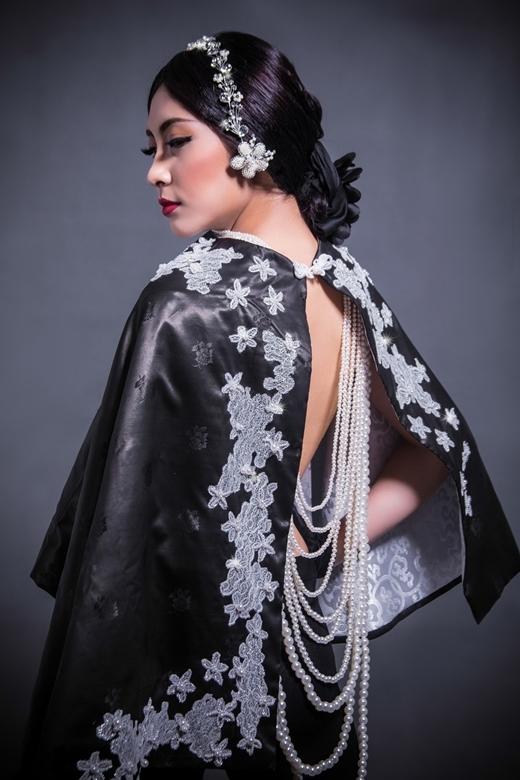 Võ Việt Chung mang Nưa đến với Los Angeles Fashion Week.