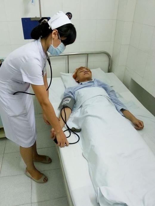 Sơn Tùng M-TP nhập viện cấp cứu do chạy show không nghỉ - Tin sao Viet - Tin tuc sao Viet - Scandal sao Viet - Tin tuc cua Sao - Tin cua Sao