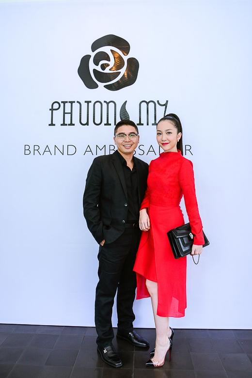Phát biểu về vai trò đại sứ thương hiệu của mình, Linh Nga chia sẻ rằng cô rất hãnh diện vì đã từng có những trải nghiệm thực sự và tình yêu, niềm tin đối với trang phục của PHUONG MY. - Tin sao Viet - Tin tuc sao Viet - Scandal sao Viet - Tin tuc cua Sao - Tin cua Sao