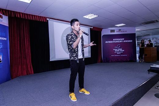 Anh gửi đến những ca khúc được viết nên từ cảm xúc trong quyển sách mới của Tùng Leo.