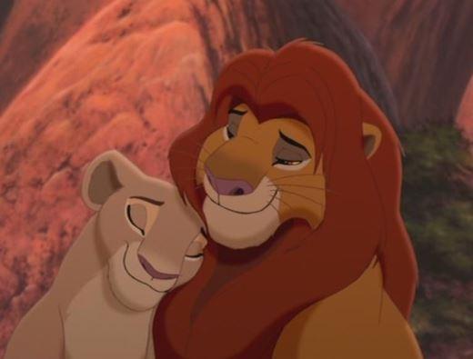 """Khi nhân vật Disney """"hóa người"""" đầy quyến rũ"""