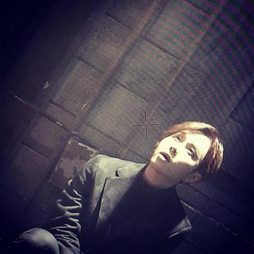 Junhyung (Beast) 'nhá hàng' một hình ảnh trong ca khúc mới nhất của Beast