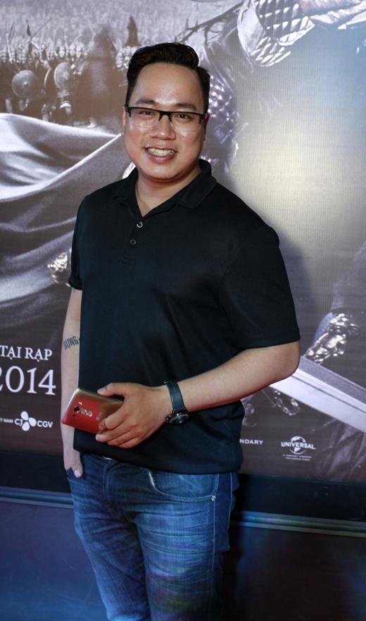 Nhà văn, MC Tùng Leo.