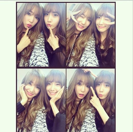 Tiffany bất ngờ khoe hình tự sướng cùng Yoona khiến fan vô cùng thích thú vì họ để mái ngang như chị em sinh đôi
