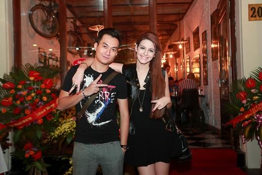 Thời gian này, Andrea thường xuyên đi cùng Anh Tuấn tới tham dự các sự kiện tại Hà Nội