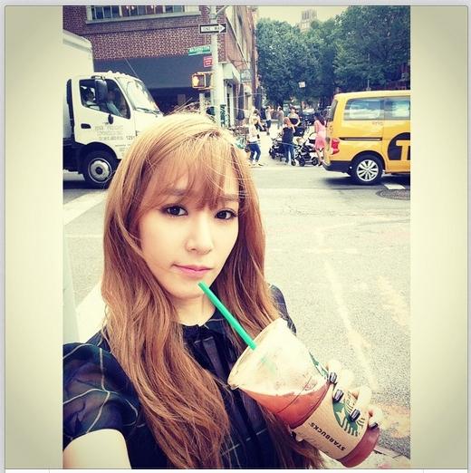 Tiffany chào các fan buổi sáng bằng tấm hình vô cùng ngọt ngào