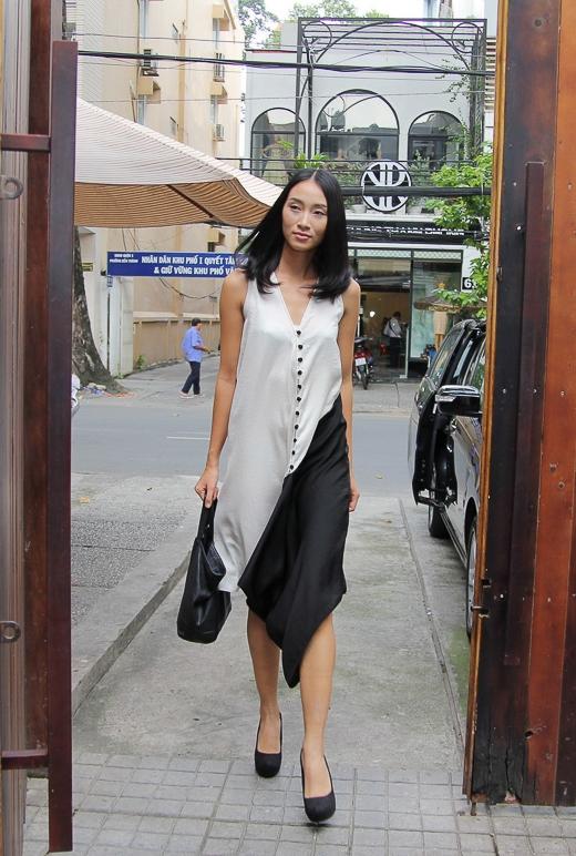 Trang Khiếu(tên thật là Khiếu Thị Huyền Trang) đạt danh hiệu Quán quânViet Nam's Next Top Modelmùa giải đầu tiên. Giải thưởng danh giá và uy tín này là một bước đệm giúp Trang Khiếu rộng đường bước vào làng mốt Việt.