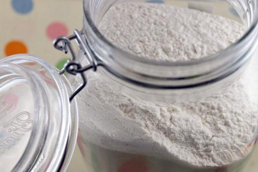 7 loại bột giúp bạn gái tự làm trắng da hiệu quả