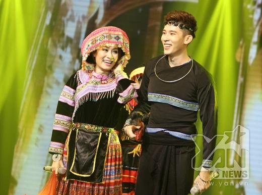 Tình yêu màu nắng cực đáng yêu của Minh Thư - Minh Trungkhán giả đã rất bất ngờ với giọng hát của trai đẹp Minh Trung
