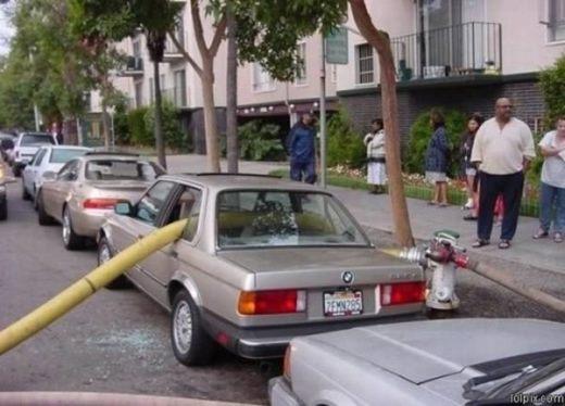 Đừng đậu xe sát bên vòi cứu hỏa...