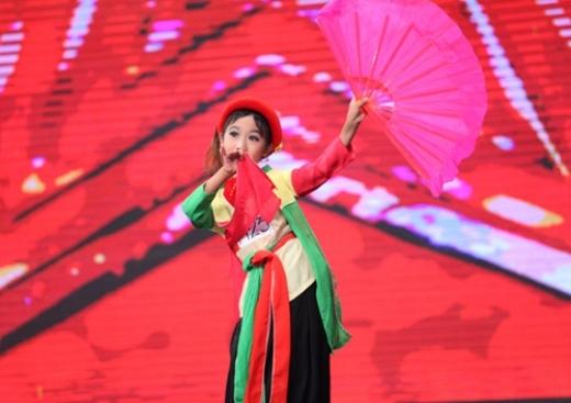"""3 cậu bé """"quyến rũ"""" nhất gameshow Việt"""