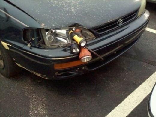 Đèn thế này sẽ bị thổi phát đấy bác tài ạ