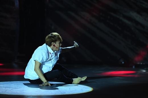 Thí sinh Ngọc Tân thể hiện bài thi với thể loại Jazz.