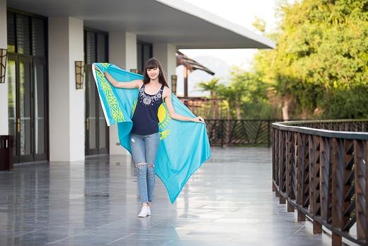 """""""Thiên thần bóng chuyền"""" Sabina rạng rỡ dự sự kiện tại Nha Trang"""