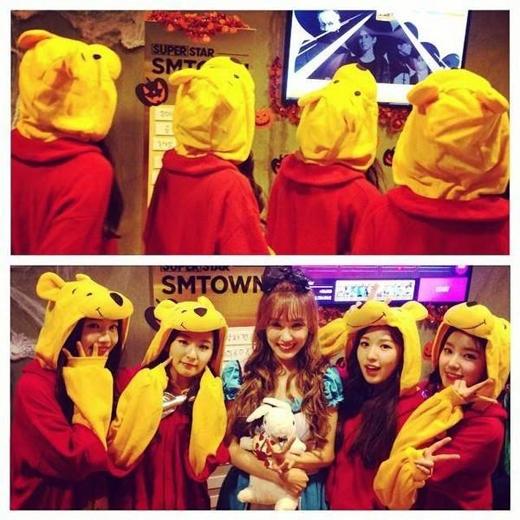 Tiffany hào hứng khoe hình cùng Red Velvet