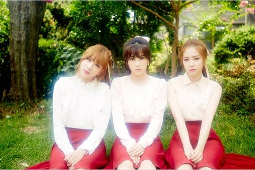 Hayoung, Chorong, Naeun
