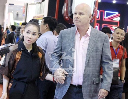 Sau buổi diễn cả hai nhanh chóng rời khỏi sự kiện - Tin sao Viet - Tin tuc sao Viet - Scandal sao Viet - Tin tuc cua Sao - Tin cua Sao