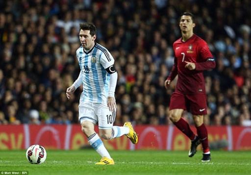 Ronaldo và Messi bước vào màn thư hùng
