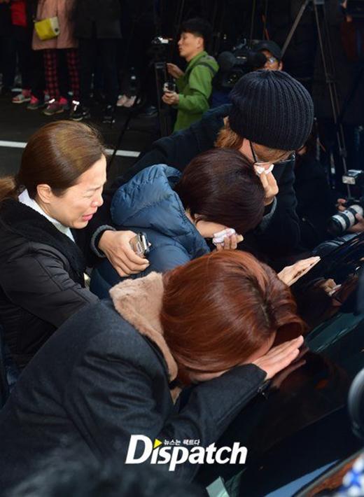 Đẫm nước mắt trong lễ tang của nữ nghệ sỹ tài hoa bạc mệnh Kim Ja Ok
