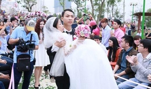 Dân mạng nghẹn ngào trước sự ra đi của người chồng trong đám cưới cổ tích
