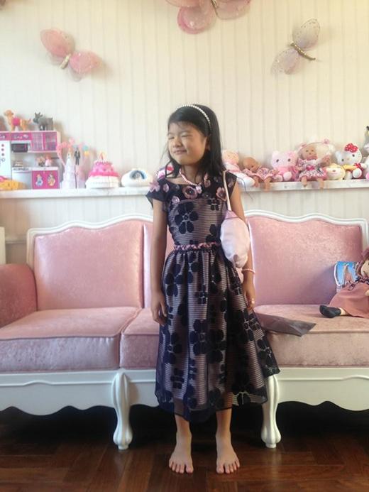 Bảo Tiên xinh như nàng công chúa với bộ đầm điệu đà - Tin sao Viet - Tin tuc sao Viet - Scandal sao Viet - Tin tuc cua Sao - Tin cua Sao