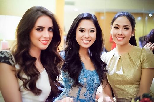 Nguyễn Thị Loan khoe sắc cùng các người đẹp quốc tế - Tin sao Viet - Tin tuc sao Viet - Scandal sao Viet - Tin tuc cua Sao - Tin cua Sao