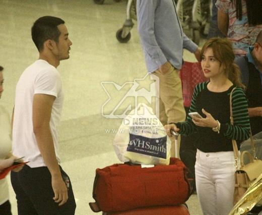 Sĩ Thanh thân thiết với JVEvermind tại sân bay - Tin sao Viet - Tin tuc sao Viet - Scandal sao Viet - Tin tuc cua Sao - Tin cua Sao