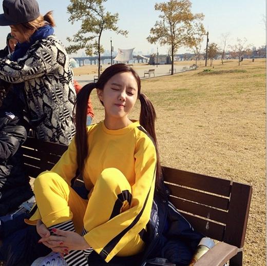 Hyomin bất ngờ khoe hình 'làm xấu' trong hậu trường quay MV khiến fan vô cùng thích thú.