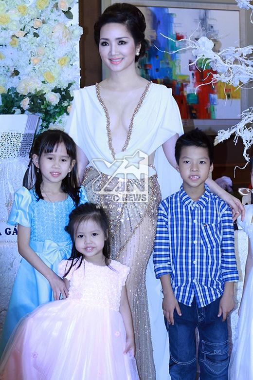 Sao Việt nô nức đi dự đám cưới Quỳnh Nga - Doãn Tuấn - Tin sao Viet - Tin tuc sao Viet - Scandal sao Viet - Tin tuc cua Sao - Tin cua Sao