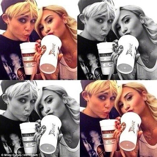 Nhưng hiện tại thì hai cô nàng nổi tiếng đã không còn được thấy cùng nhau trong các bức ảnh kể từ mùa hè năm 2013