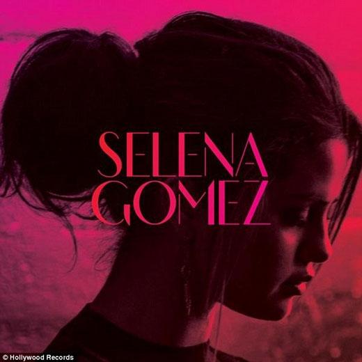 Fan ấm lòng với nụ hôn giữa Taylor Swift và Selena Gomez