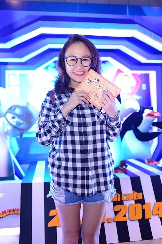 Con gái Thanh Lam tự nhận mình là fan của bộ tứ siêu cuội Skipper, Kowalski, Rico và Private