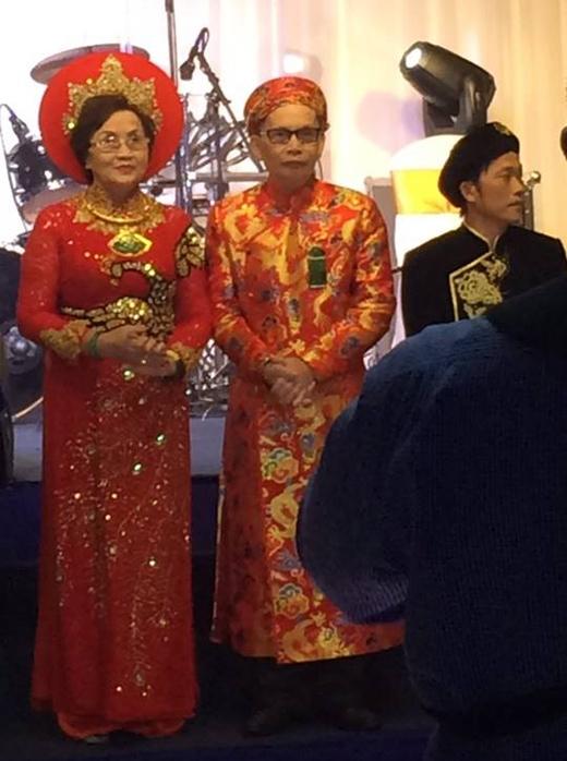 Anh em Hoài Linh - Dương Triệu Vũ mừng đám cưới vàng của bố mẹ - Tin sao Viet - Tin tuc sao Viet - Scandal sao Viet - Tin tuc cua Sao - Tin cua Sao