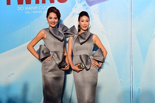 Hoa hậu Hương Giang và Hà Kiều Anh mặc giống hệt nhau - Tin sao Viet - Tin tuc sao Viet - Scandal sao Viet - Tin tuc cua Sao - Tin cua Sao